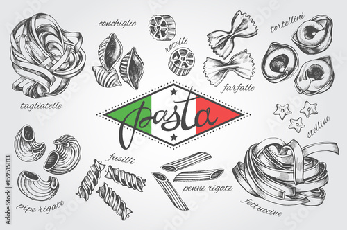 Foto  Different types of authentic Italian pasta