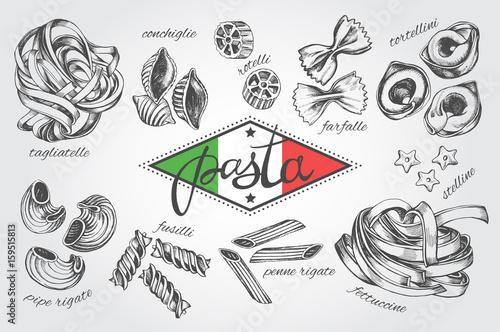 Foto  Different types of authentic Italian pasta