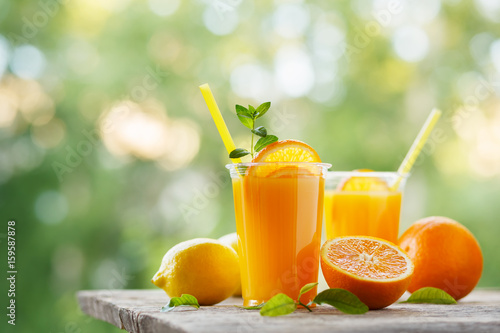Keuken foto achterwand Sap Freshly squeezed orange juice