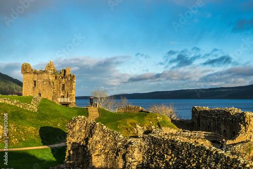 Plakat Zamek Urquhart i Loch Ness w Szkocji