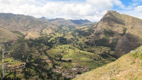 Fotografia Landscape of Pisaq in Peru's Sacred Valley of the Incas