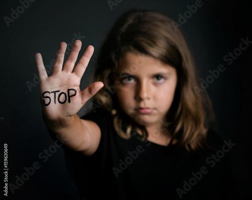 Stop,niña maltratada Tablou Canvas