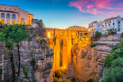 Photo sur Toile Lavende Ronda, Spain Old Town and Bridge