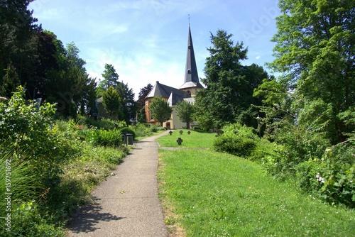 Photo  Der Tilman Joel Park mit der Kirche St