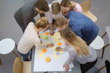 Teilnehmer In Einem Workshop M...