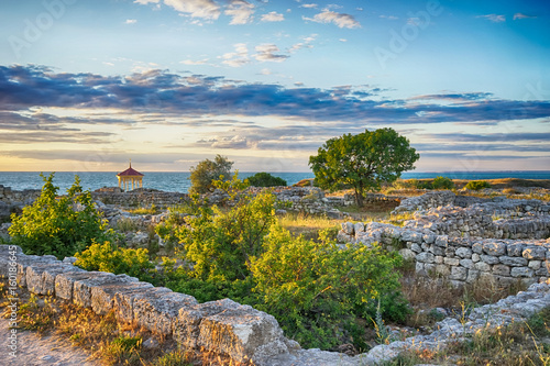 Recess Fitting Ruins Marine landscape with views of the ruins of the ancient city of Hersonissos on the background