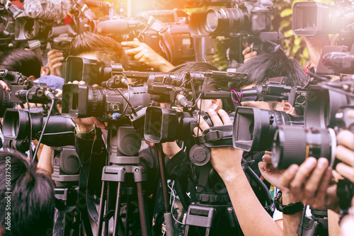 large number of press and media reporter in broadcasting event Canvas Print