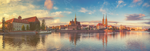 Fotografia  Wroclaw, Poland- Panorama of the historic and historic part of the old town Ostrow Tumski