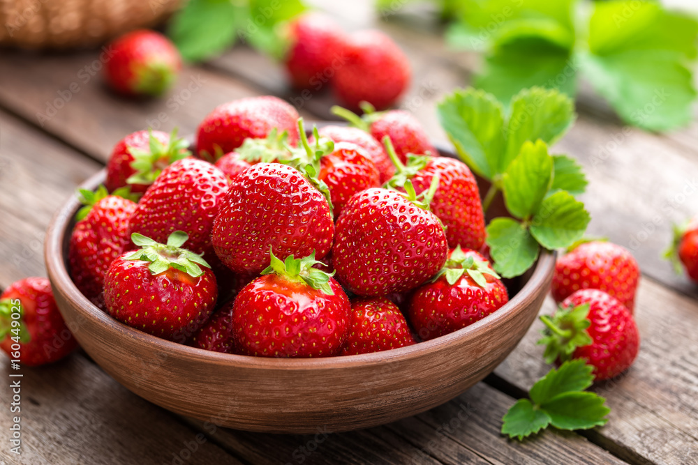 Fototapety, obrazy: Fresh juicy strawberries with leaves. Strawberry.