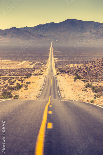 Fototapety, obrazy: Highway in the American West, USA