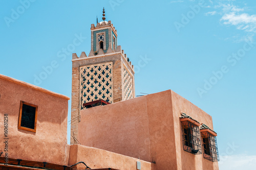 Photo  colorful old streets of marrakech medina, morocco