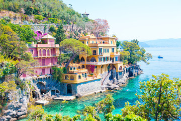 Panel Szklany Architektura Beautiful sea coast with colorful houses in Portofino, Liguria, Italy. Summer stunning landscape.