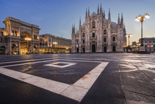 Italy, Lombardy, Milano District, Milan, Piazza Duomo, Milan Cathedral