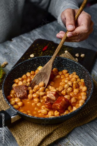 spanish cocido madrileno, stew typical of madrid