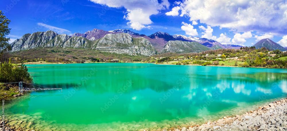 Fototapety, obrazy: Unique turquoise lake Lago di Castel San Vincenzo in Molise, Italy
