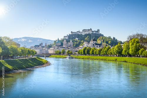 Vászonkép  Panoramic view of the old town of Salzburg, Austria