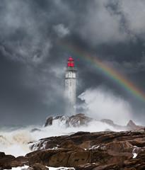 Obraz phare tempête déchaîner mer bretagne orage matin finistère arc en ciel ciel orageux côte rocher vague nuage