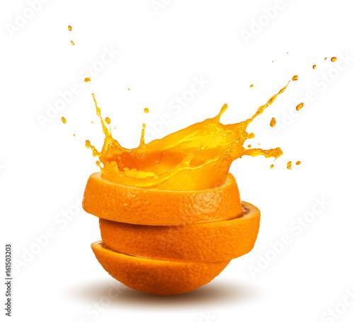 przelewanie-soku-pomaranczowego