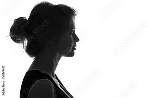 Fotografía  silhouette fashion portrait of a woman