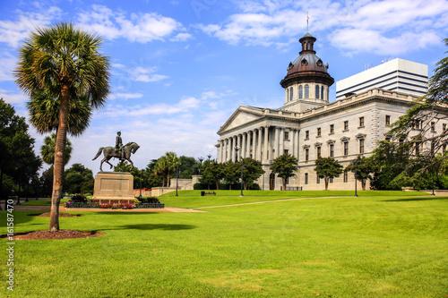 Fototapeta The South Carolia State Capitol building in Columbia. Built in 1855 in the Greek Revival style. obraz