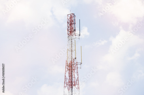 Tower antenna for send and receive signal of communication