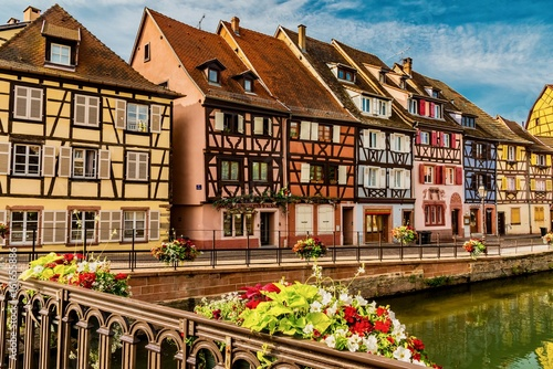 Photo Panorama of the colorful town of France in the Alsace region Colmar