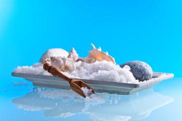 Obraz na płótnie Canvas Sea salt on a glass table
