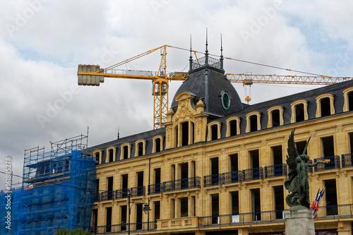 Foto op Aluminium Oude gebouw Travaux rénovation bâtiment