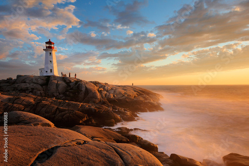 Obraz na plátne Light House at Peggy Cove at Sunset, Nova Scotia, Canada