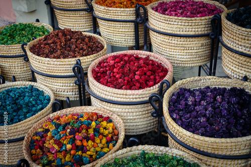 Körbe mit Gewürzen - Spices