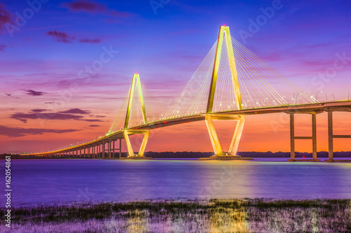 Staande foto Brug Charleston, South Carolina, USA Bridge over the Cooper River.