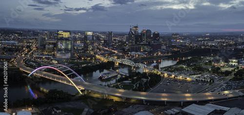 Photo  Nashville Tennessee skyline