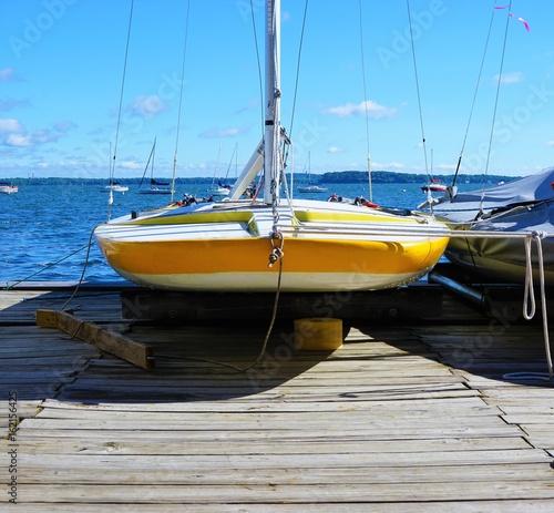 Obrazy na płótnie Canvas Sailing Boat