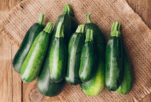 Fresh Farmer Organic Zucchini ...