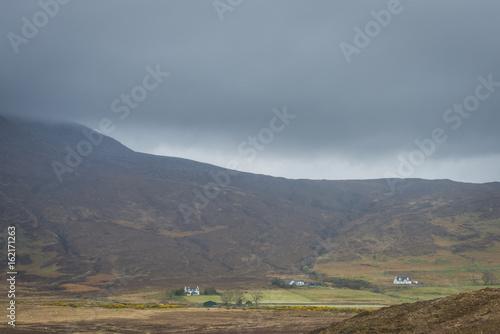 Fototapeta Houses Broadford Scotland obraz na płótnie