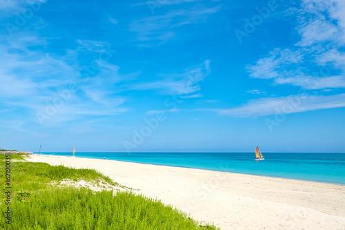 Foto  Summer day at the beautiful Varadero beach  in Cuba