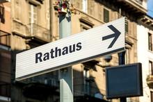 Schild 219 - Rathaus