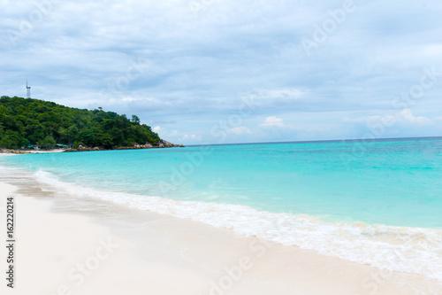 Staande foto Oceanië Blue ocean on sandy beach ,Holiday