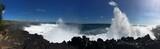 Immenses vagues déferlantes à l'ile de la Réunion
