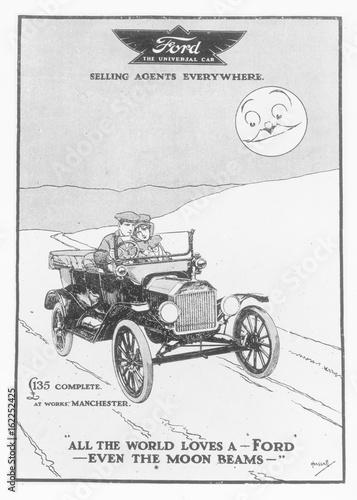 фотография  Even the Moon Beams. Date: 1915