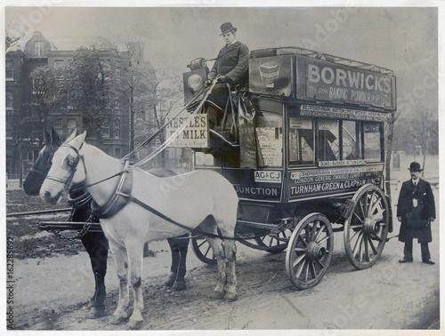 Fotografie, Obraz Horse Bus  London. Date: circa 1890s