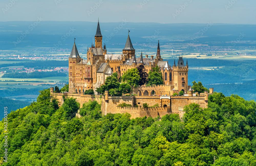 Fototapety, obrazy: Hohenzollern Castle in the Swabian Alps - Baden-Wurttemberg, Germany
