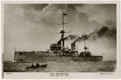 Tableau sur Toile Steamship 'Dreadnought'. Date: 1906