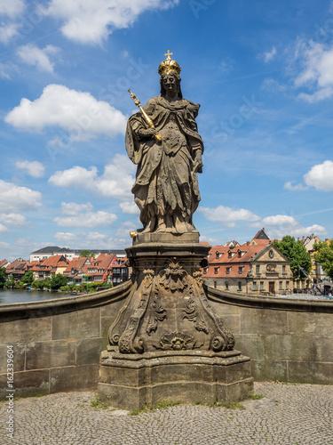 Foto op Plexiglas Artistiek mon. Statue der Kunigunde in Bamberg