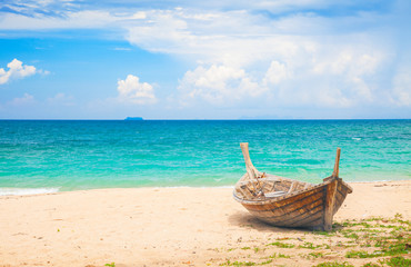 Fototapeta na wymiar beach and fishing boat, koh Lanta, Thailand