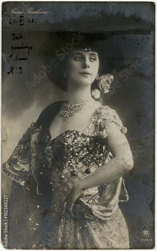 Photo  Anna Pavlova - Postcard. Date: 1910