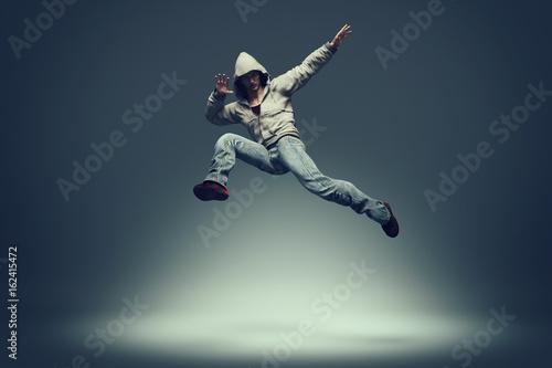Obrazy na płótnie Canvas Hip hop dancer