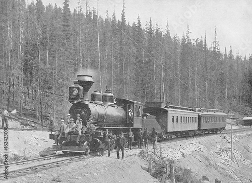Photo  Cpr Train. Date: 1895