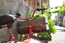 Fahrrad In Der Altstadt Von Al...