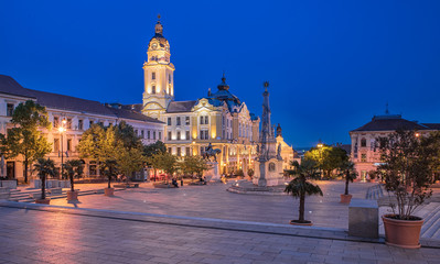 Fototapeta na wymiar Main square at night, Pecs, Hungary